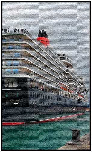 Queen Elizabeth In Napier Port by Hawkes Bay Scenic Tours